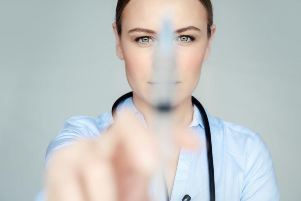 Komu może pomóc klinika medycyny estetycznej
