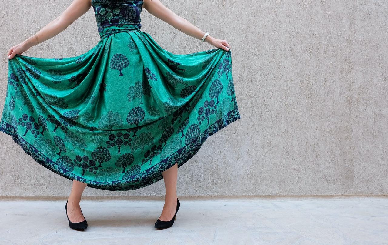 Sukienki z wiskozy